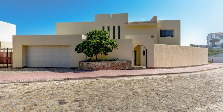 family-home-casa-cuate-for-rent-in-pedregal-de-cabo-san-lucas-mexico